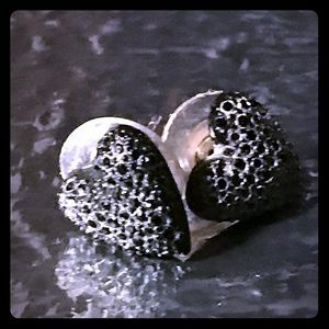 Black crystal Betsey Johnson heart earrings stud